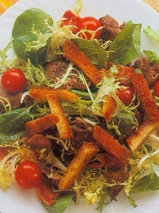 chicken-liver-bacon-and-tomato-salad