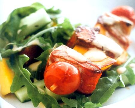 warm salmon & mango salad